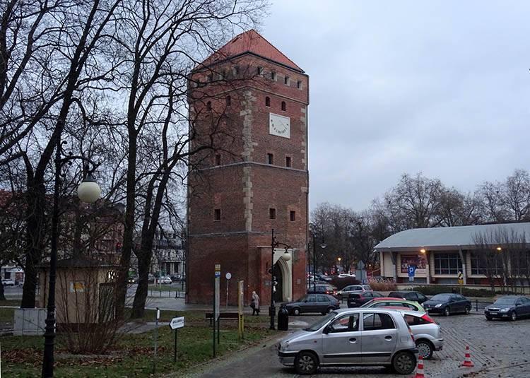 Wieża Bramy Głogowskiej Legnica ciekawostki atrakcje zabytki Legnicy