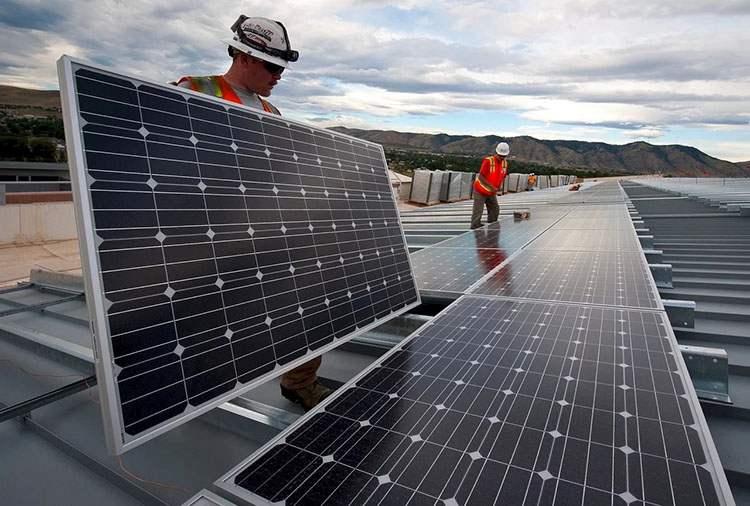 energia odnawialna panele słoneczne fotowoltaiczne prąd