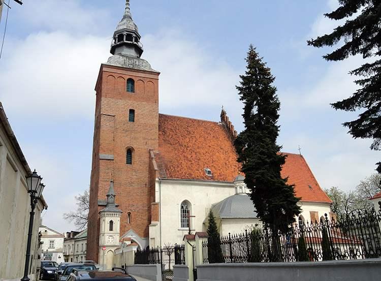 kościół farny Piotrków Trybunalski ciekawostki