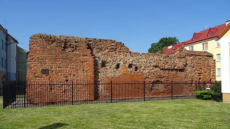 mury obronne Płock ciekawostki