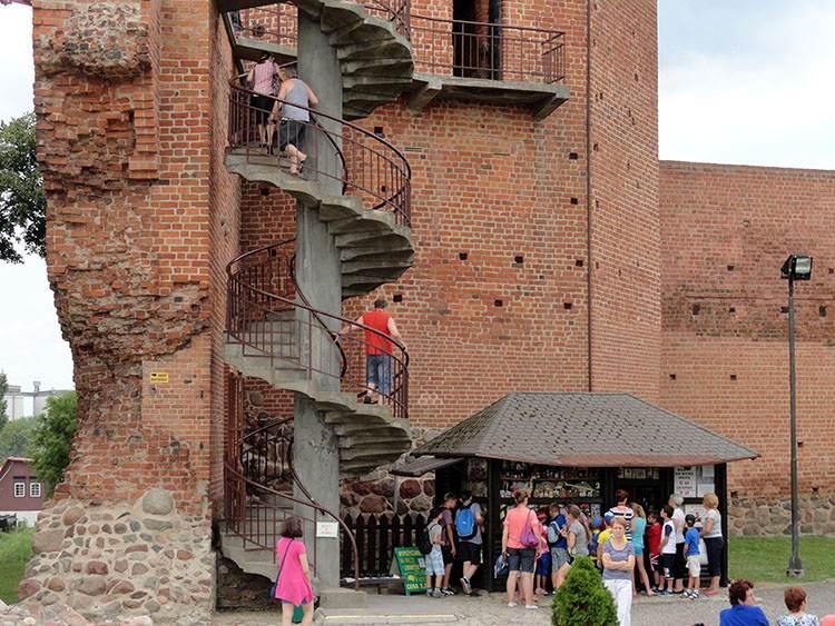 Mysia Wieża Kruszwica ciekawostki atrakcje