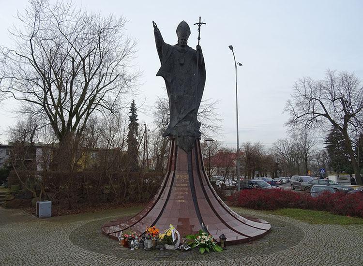 pomnik Jan Paweł II kościół Zambrów ciekawostki atrakcje zabytki