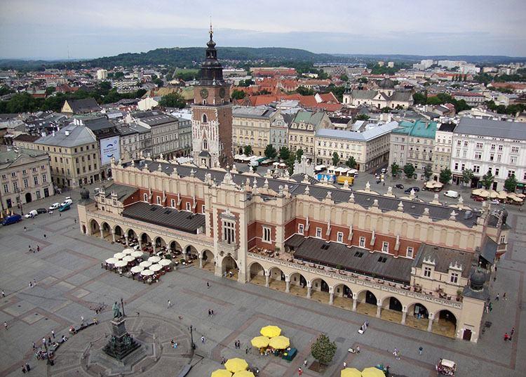Kraków -Sukiennice koronawirus ciekawostki o koronawirusie