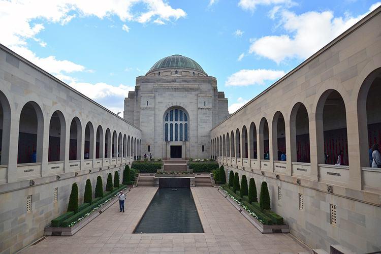 War Memorial miasto Canberra ciekawostki Australia stolica zabytki atrakcje