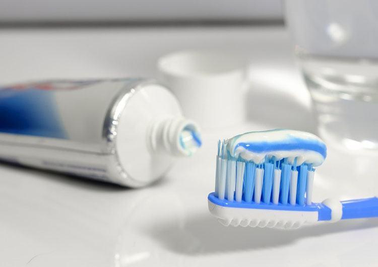 pasta do zębów ciekawostki historia pasty czyszczenie