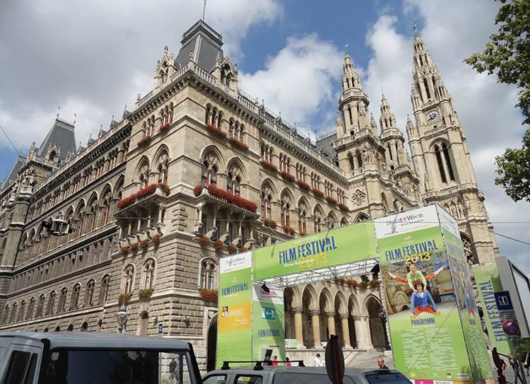 ratusz Wiedeń ciekawostki Austria zabytki atrakcje