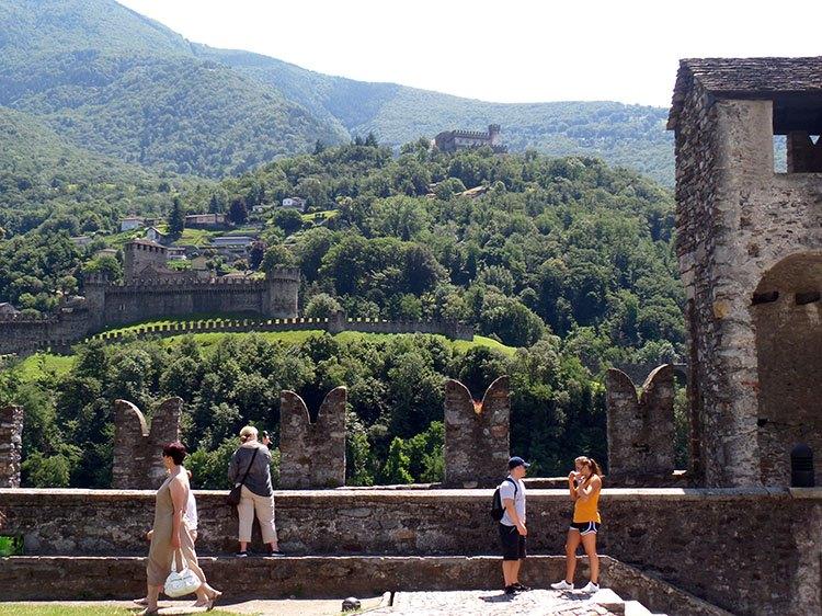 Castelgrande Bellinzona ciekawostki Szwajcaria atrakcje zabytki