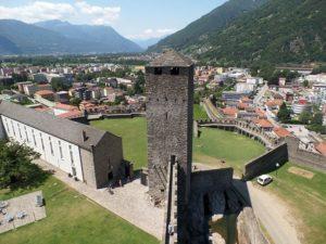 Bellinzona ciekawostki Szwajcaria atrakcje zabytki