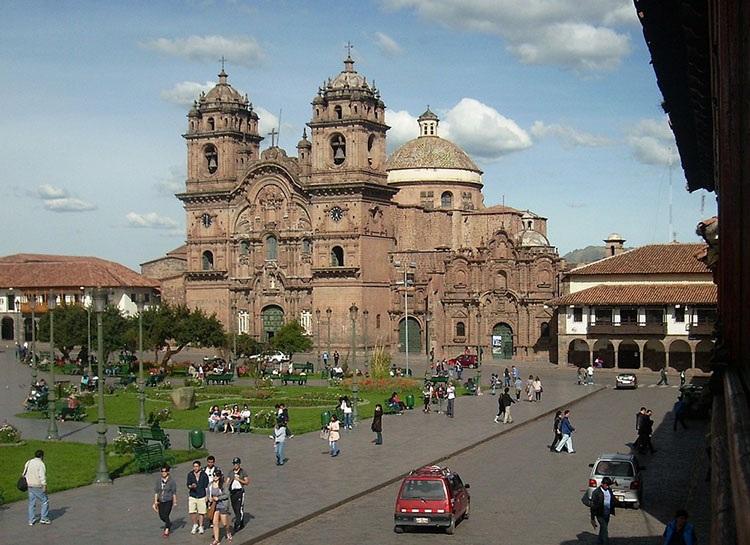katedra kościół Cuzco Cusco Peru ciekawostki atrakcje zabytki miasto