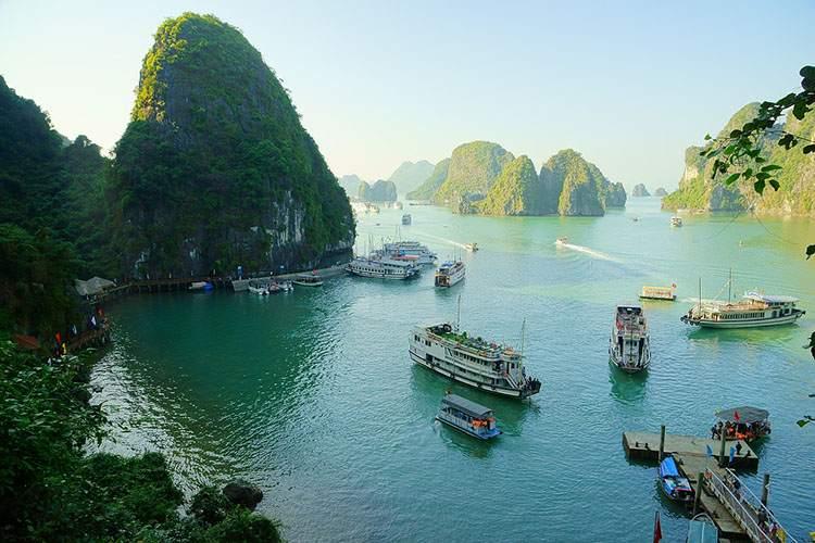zatoka Halong Bay Wietnam ciekawostki atrakcje zabytki
