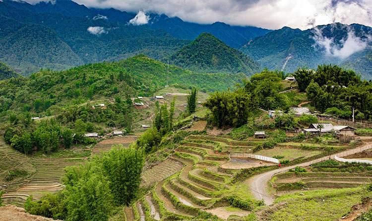 Lao Cai Wietnam ciekawostki atrakcje zabytki