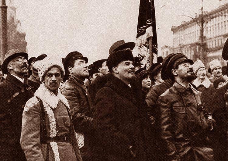 Plac Czerwony Marks Engels Moskwa Włodzimierz Iljicz Lenin ciekawostki życiorys