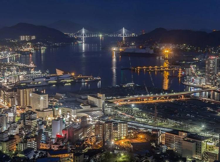 noc miasto Nagasaki ciekawostki miasto Japonia Kiusiu