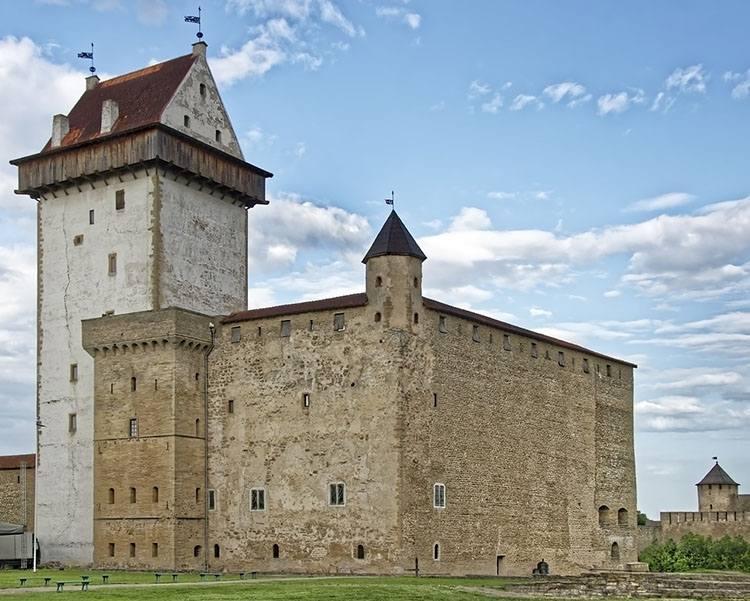 Narva zamek ciekawostki atrakcje zabytki zamki