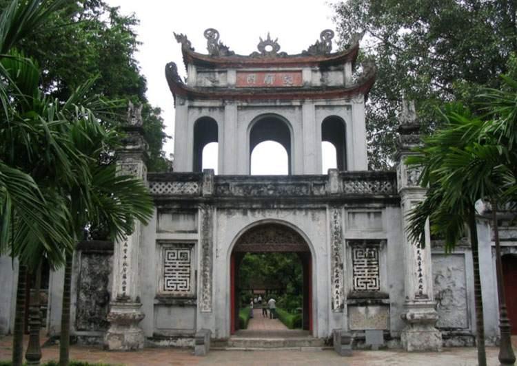 Świątynia Literatury Hanoi ciekawostki atrakcje Wietnam
