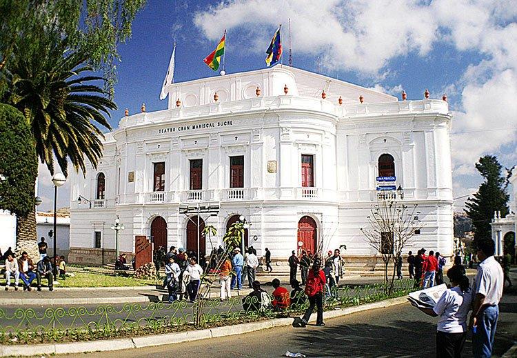 Teatro Gran Mariscal Sucre ciekawostki Boliwia atrakcje zabytki