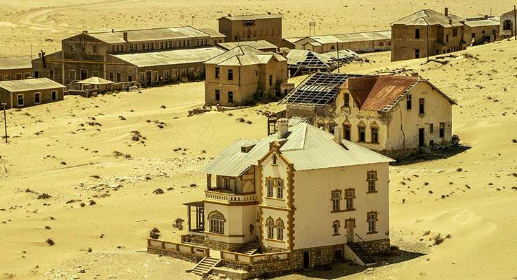 ghost town opuszczone miasto Namibia ciekawostki atrakcje Afryka
