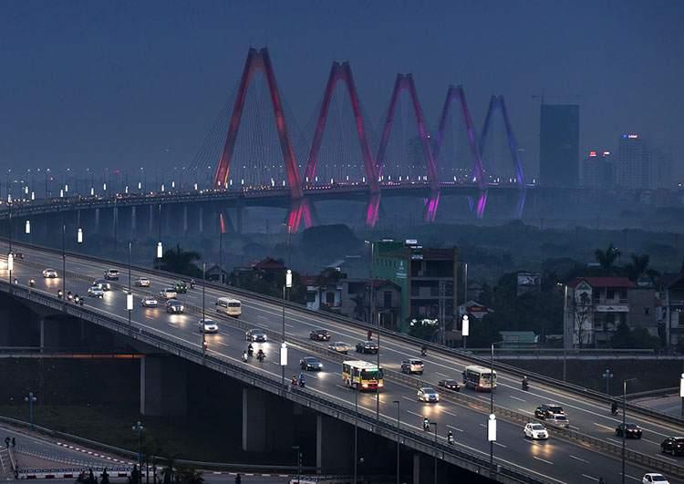 most Ntat Tan Hanoi ciekawostki atrakcje Wietnam