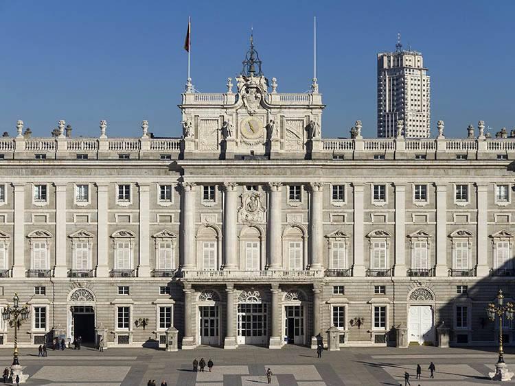 pałac królewski Madryt  ciekawostki atrakcje Hiszpania