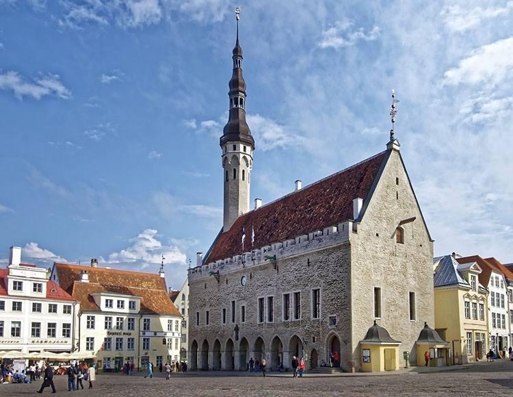 ratusz Tallinn Estonia ciekawostki atrakcje