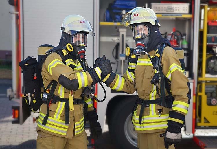strażacy respirator ciekawostki historia respiratory oddychanie działanie