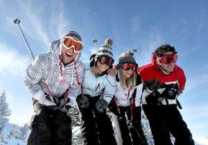studenci wyjazd narty