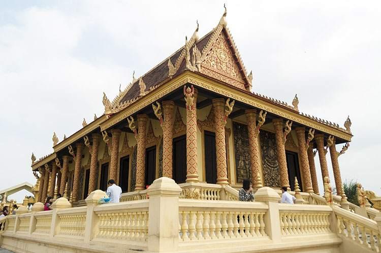 świątynia Hanoi ciekawostki atrakcje Wietnam