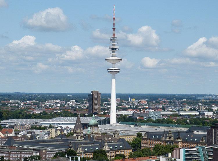 wieża Heinrich Hertz Turm Hamburg ciekawostki atrakcje Niemcy