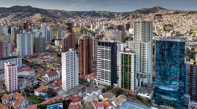wieżowce miasto La Paz ciekawostki Boliwia atrakcje Ameryka Południowa