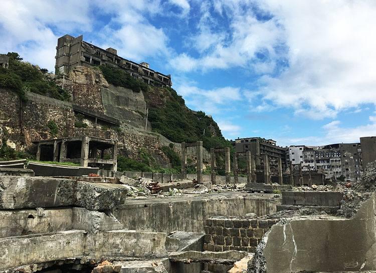 wyspa Hashima Nagasaki ciekawostki miasto Japonia Kiusiu