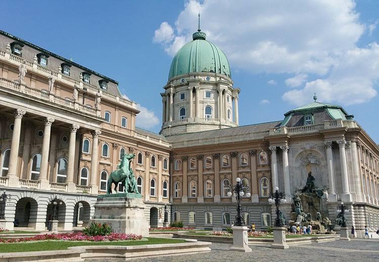 zamek królewski Budapeszt ciekawostki atrakcje Węgry
