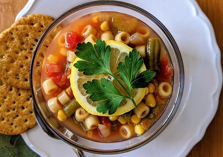 zupa minestrone kuchnia włoska popularne potrawy ciekawostki