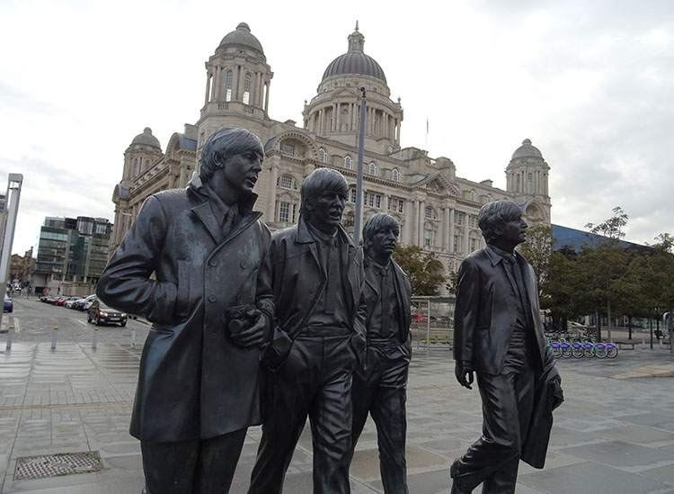 zespół The Beatles ciekawostki Beatlesi Liverpool