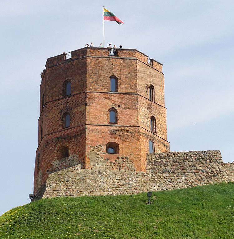 Baszta Gedymina Wilno ciekawostki atrakcje zabytki Litwa