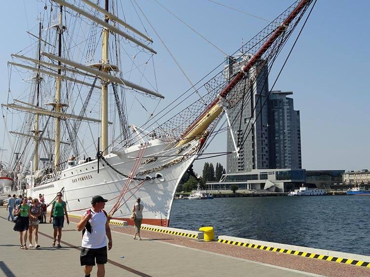 statek Dar Pomorza Gdynia ciekawostki atrakcje zabytki co zobaczyć Trójmiasto