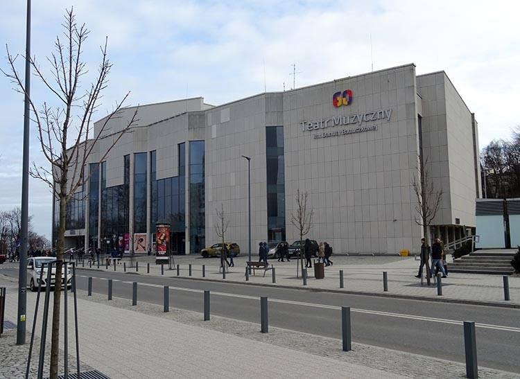 Teatr Muzyczny Gdynia ciekawostki atrakcje zabytki co zobaczyć Trójmiasto