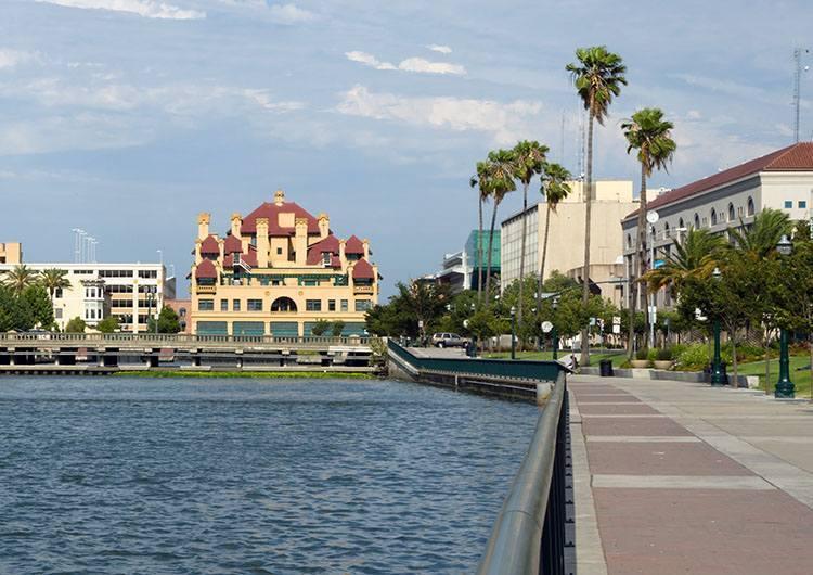 hotel Stockton Kalifornia USA ciekawostki atrakcje miasto