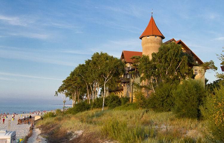 hotel plaża Łeba ciekawostki atrakcje
