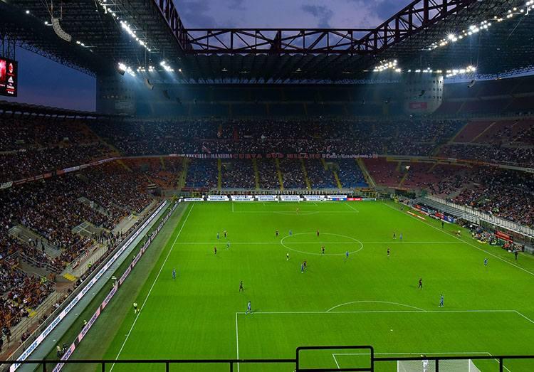 klub drużyna AC Milan stadion San Siro Mediolan calcio piłka nożna Milano