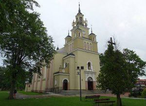 kościół Białobrzegi ciekawostki atrakcje zabytki