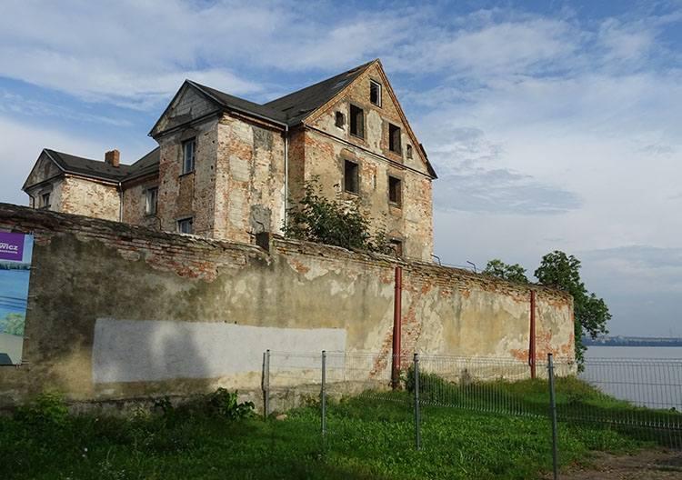 zamek krzyżacki Ełk zabytki ciekawostki atrakcje