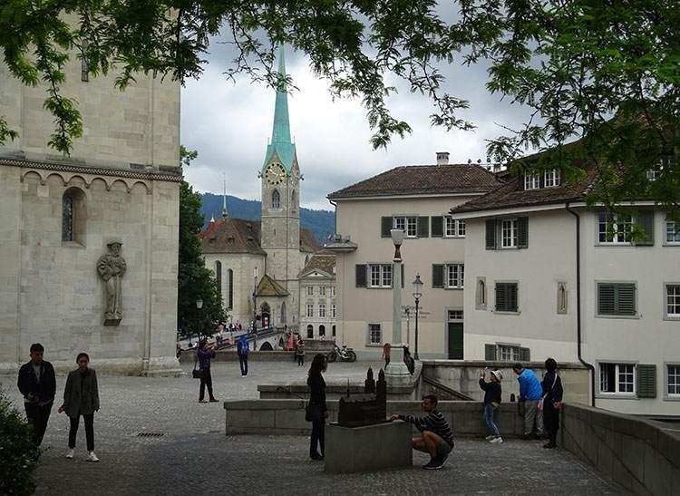 Fraumunster Zurych ciekawostki atrakcje Szwajcaria