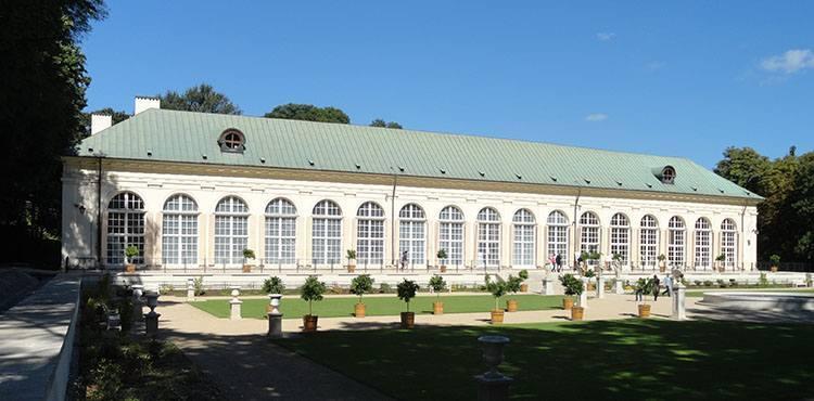 Łazienki Królewskie Warszawa parki ciekawostki