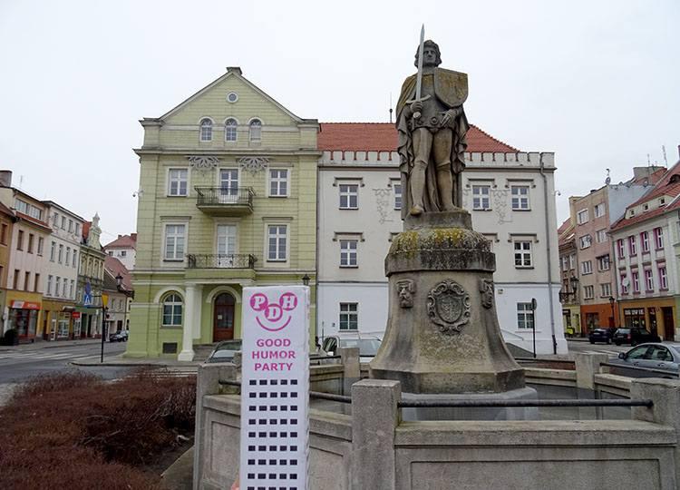 rycerz Roland pomnik fontanna figura Środa Śląska ciekawostki atrakcje zabytki