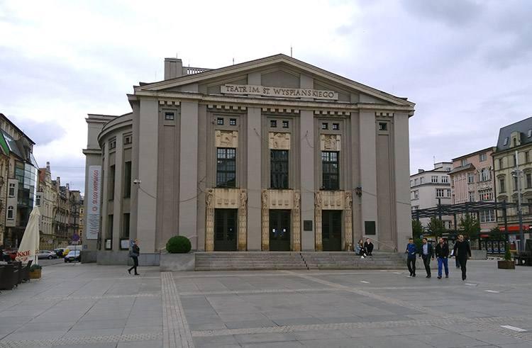 Teatr Wyspiańskiego Katowice ciekawostki atrakcje zabytki