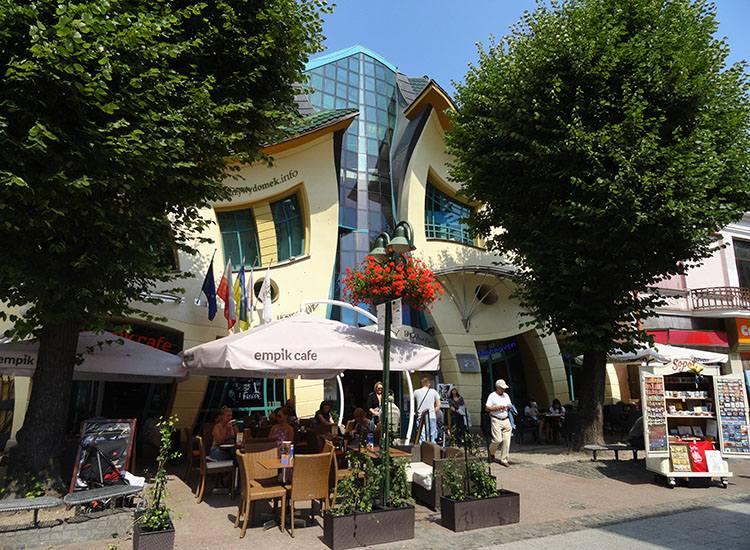 krzywy domek Sopot najdziwniejsze budowle świata