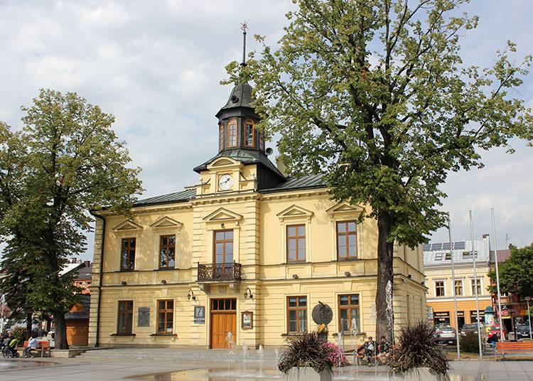ratusz miasto Nowy Targ ciekawostki atrakcje zabytki Podhale