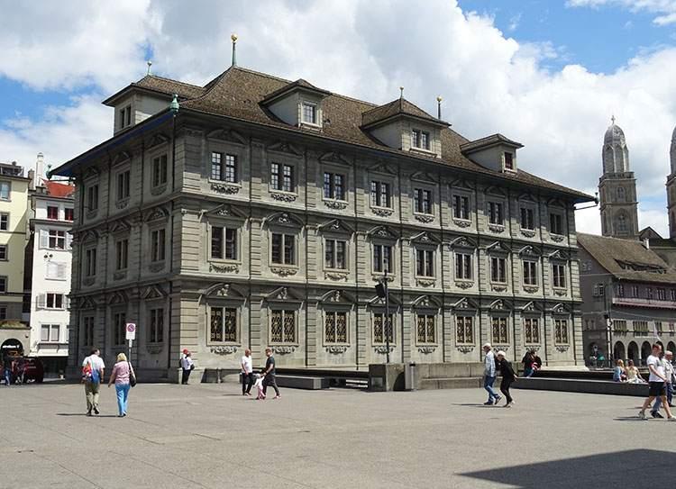 ratusz Zurych ciekawostki atrakcje Szwajcaria