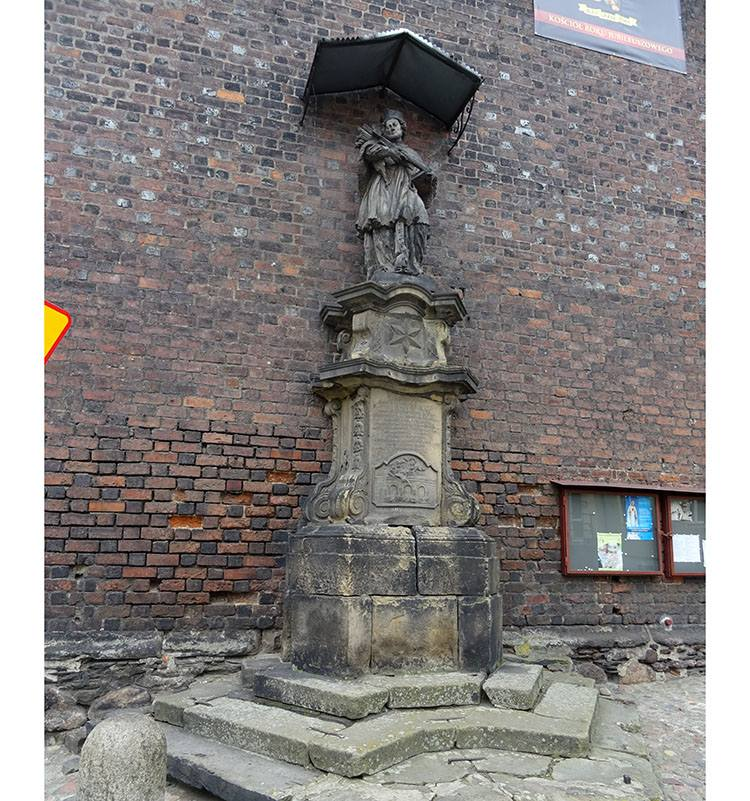 św. Nepomucen figura pomnik Środa Śląska ciekawostki atrakcje zabytki