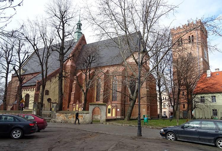 kościół św. Wojciecha Ząbkowice Śląskie ciekawostki zabytki atrakcje